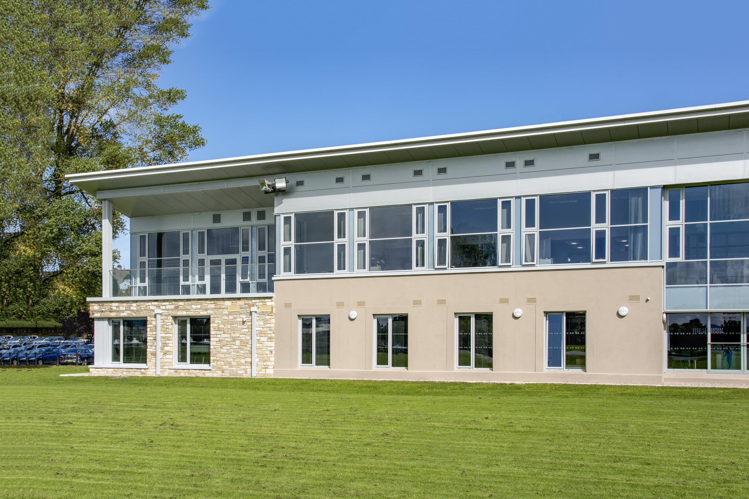 Paul_McAlister_Architects_Fermanagh-House.jpg