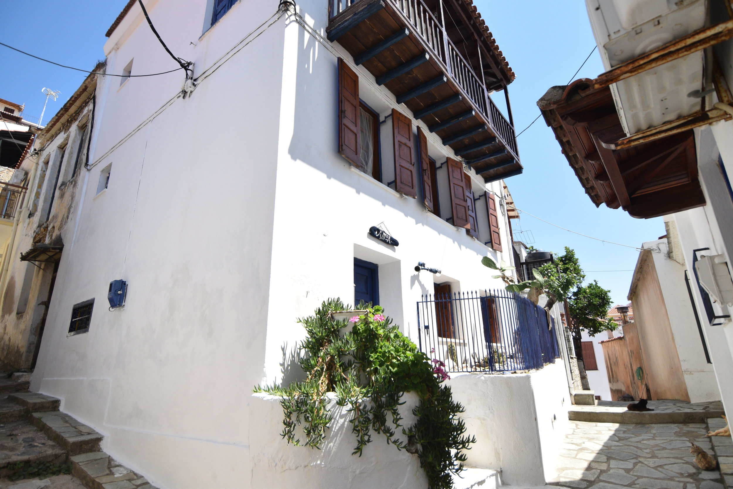 Lovely townhouse with the best view  Property number 17  Price: euro 90.000   Read more