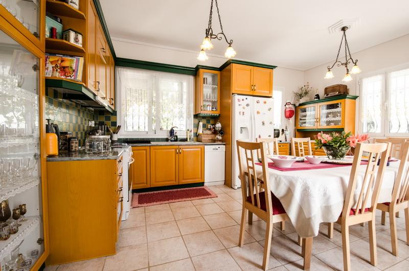 kitchen villa loutsa_resize.jpg