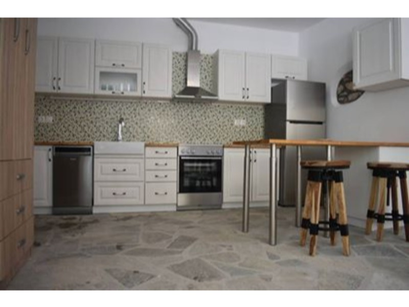 former_olive_oil_factory_in_old_klima_third_house_kitchen.jpg