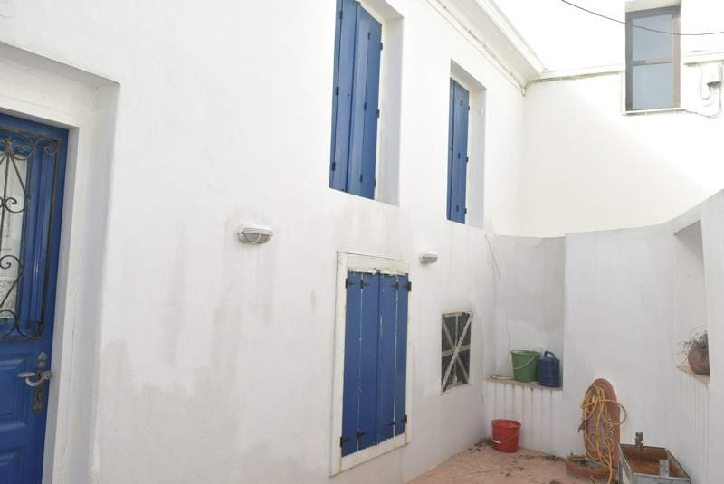 House with courtyard  Property number 49  Price: 120.000 euro   R   ead more