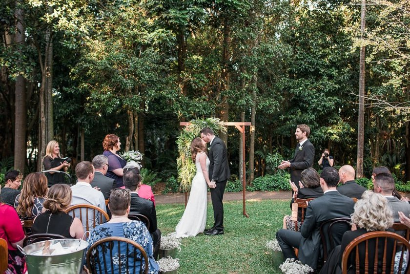 the-gardens-club-wedding-brisbane-ja-065.jpg