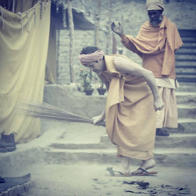 "From @bruceparry.tawai ""Just goes to show what's inside me"". A scene from @tawai_film depicting his turbulent inner-world and the power of silent instruction. #tawai #bethechange #meditation #mindfulness #healing #calm #peace #balance #learning #sweeping #kumbhmela"
