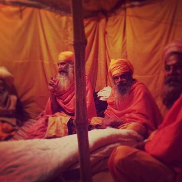 Here's a snapshot in time for @bruceparry.tawai as he spends time with the family of Mahant Jagadesh Giri at the Kumbh Mela, the greatest gathering of humans ever recorded for a single event. The Sadhus are very relaxed as they prepare for the imminent big bathe day #kumbhmela #bethechange #gurus #sadhus #tawai #india