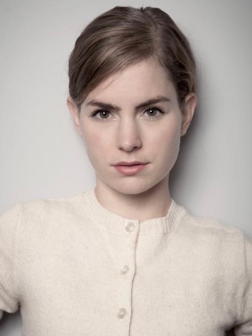 Hannah Hoekstra.jpg