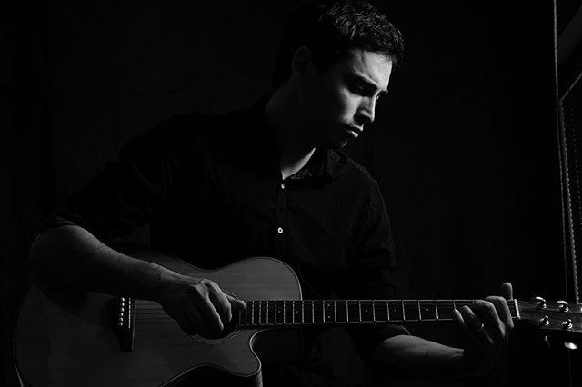 🎶🎶 #amongstrangersmusic #guitar #acousticguitar