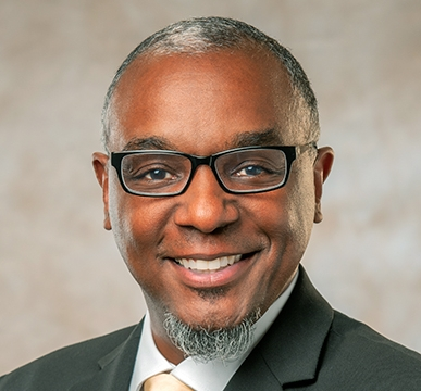 Guest: - jeff obafemi carr, Nashville Mayoral Candidate in 2018We discussed his activism at TSU, his opposition to the transit referendum, and his campaign platform. Issues discussed include Metro's revenue shortfall, the push for a police community oversight board, and the MLS soccer stadium deal.