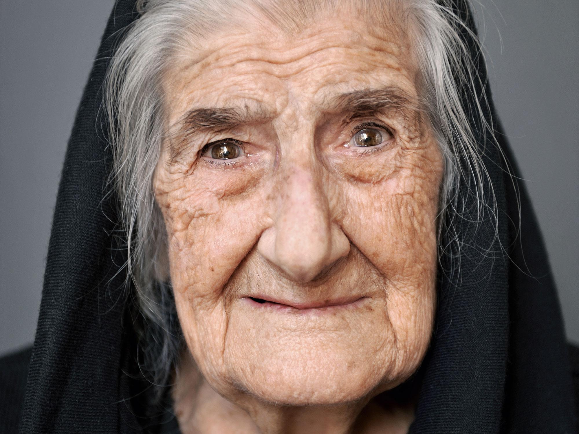 Tonia, 100, aus dem Buch 100 JAHRE LEBENSGLÜCK (Knesebeck, München 2017)