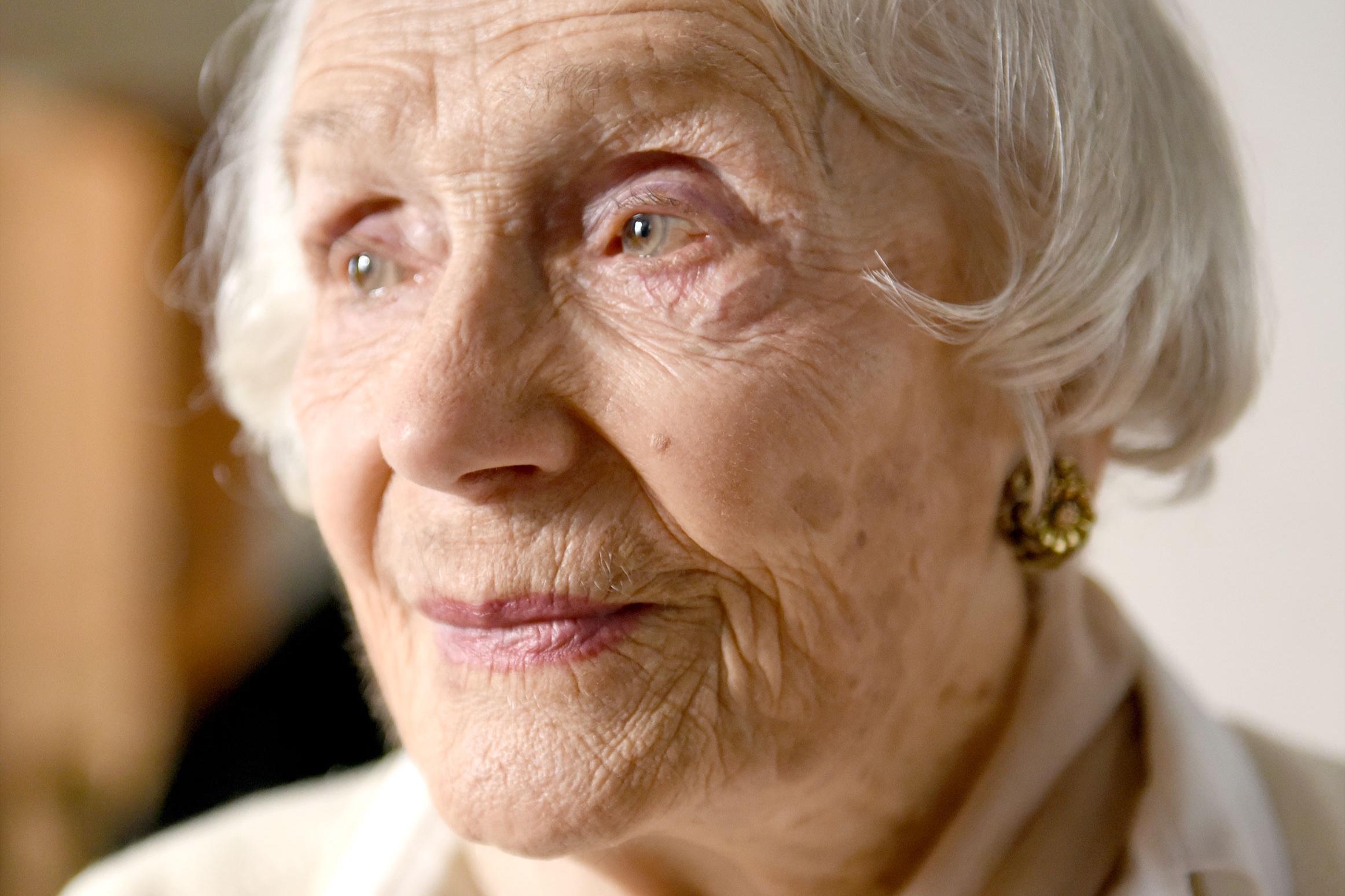 Gisèle Casadesus, 100, Paris, Frankreich, 2015 © Karsten Thormaehlen