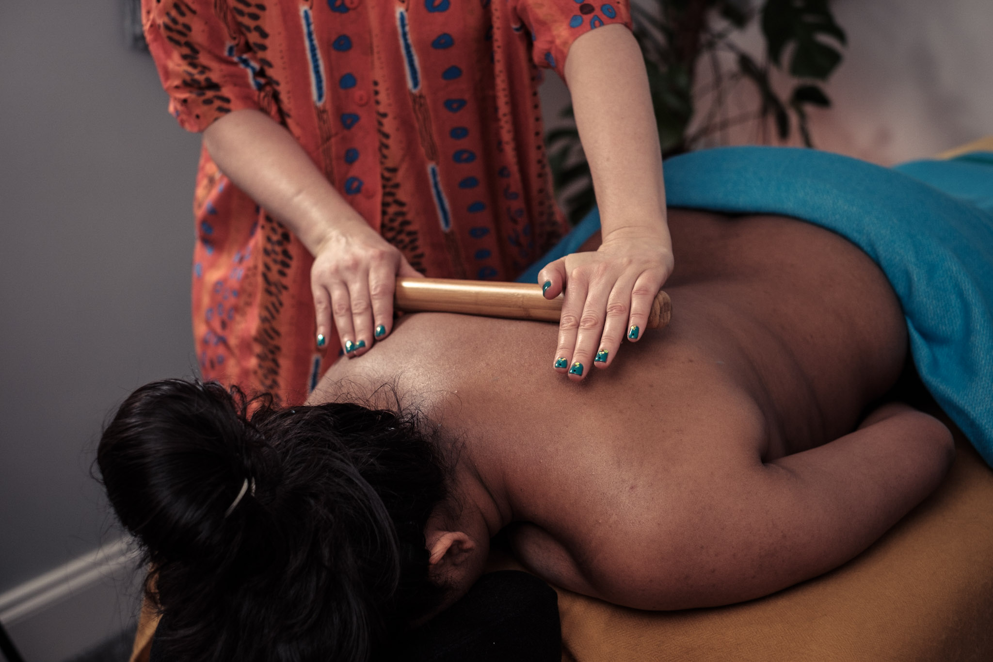 The ancient art of bamboo massage is great for reaching the deeper muscle fibres