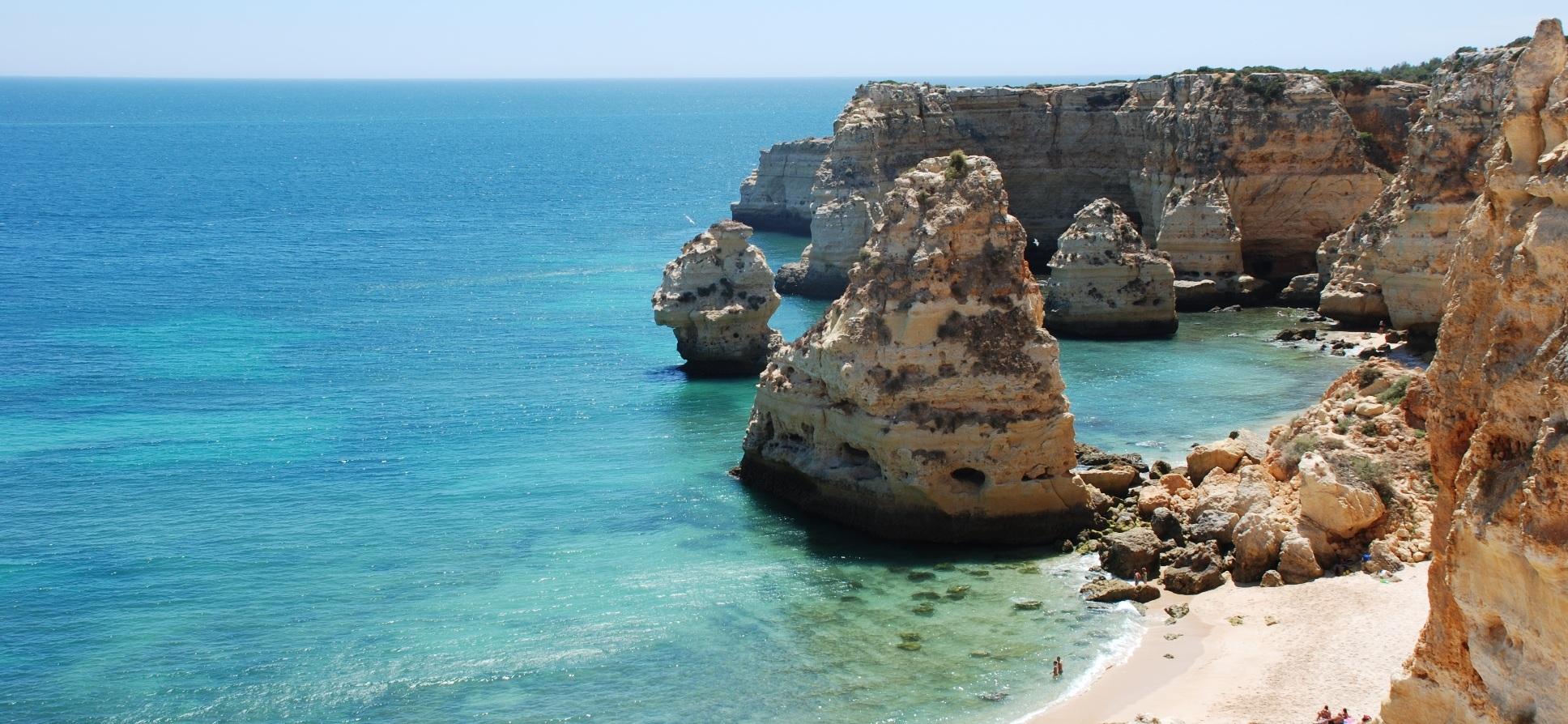 Praia_Marinha_Lagoa1_h.jpg