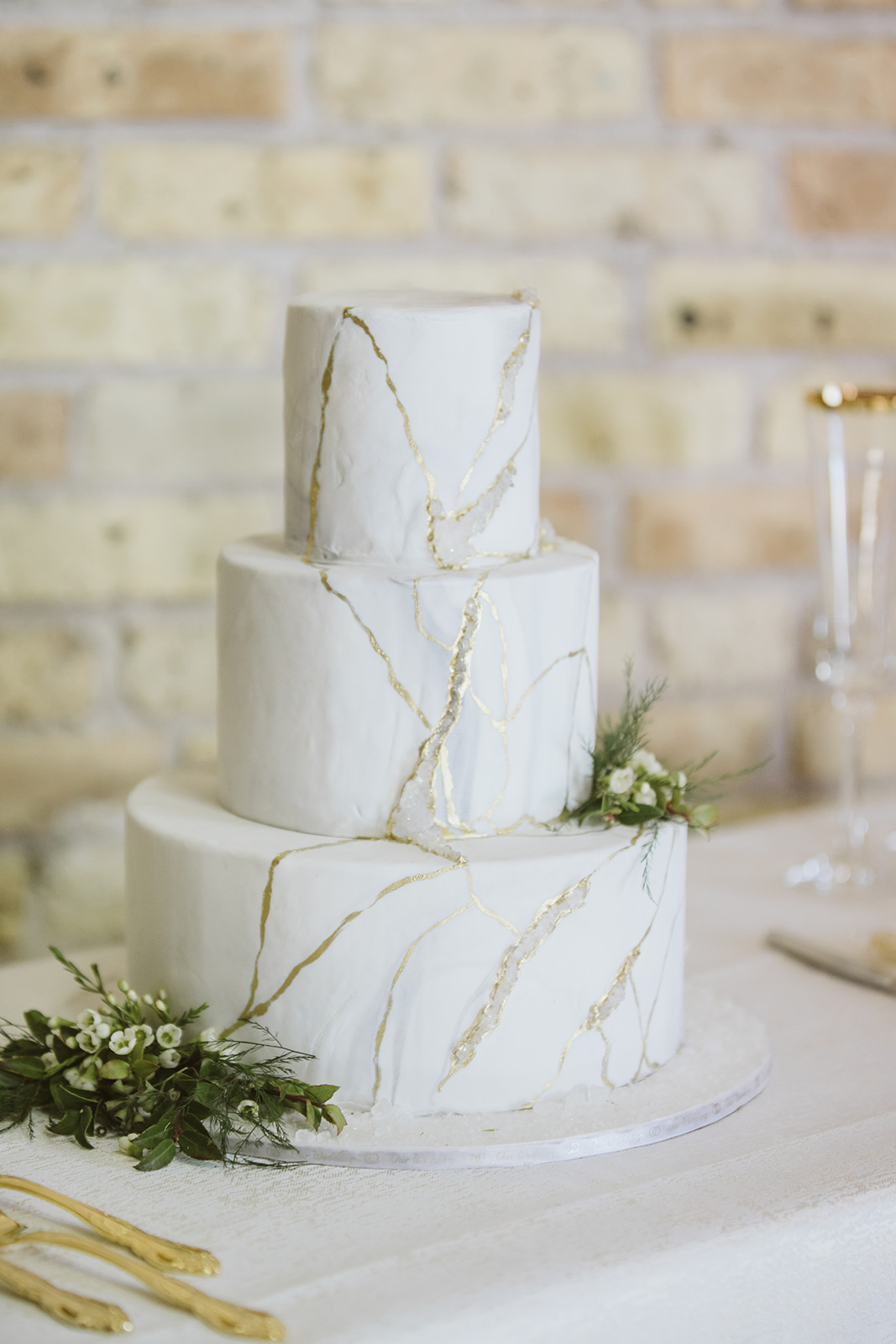 White and Gold Marble Wedding Cake