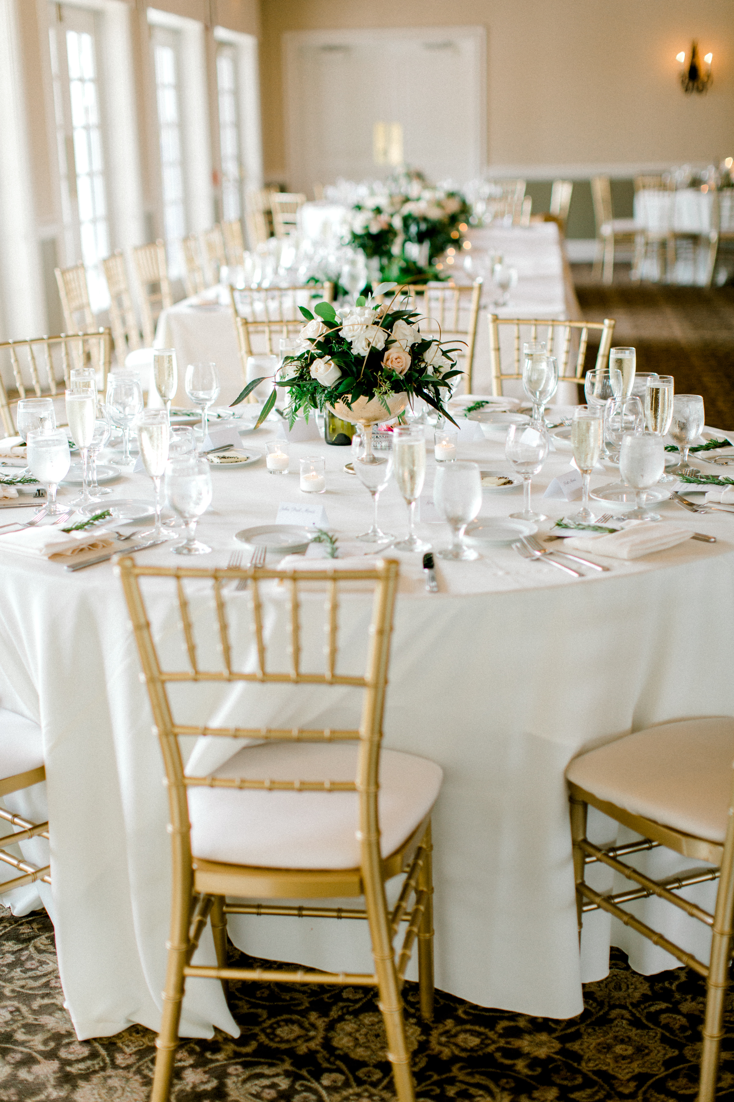 Spring wedding white and gold Chicago Wedding Planner Your Day by MK