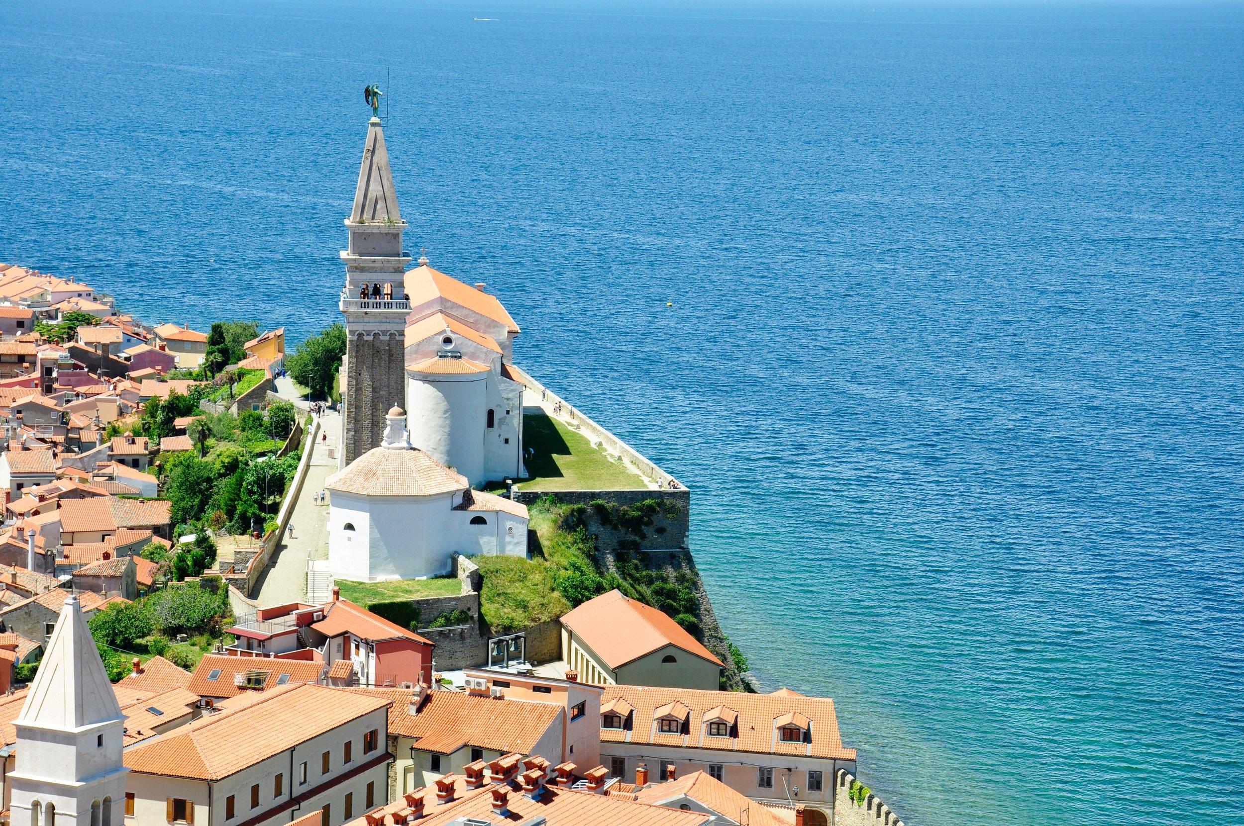 Slovenia | Top Honeymoon Destinations | Chicago Wedding Planner | Your Day by MK