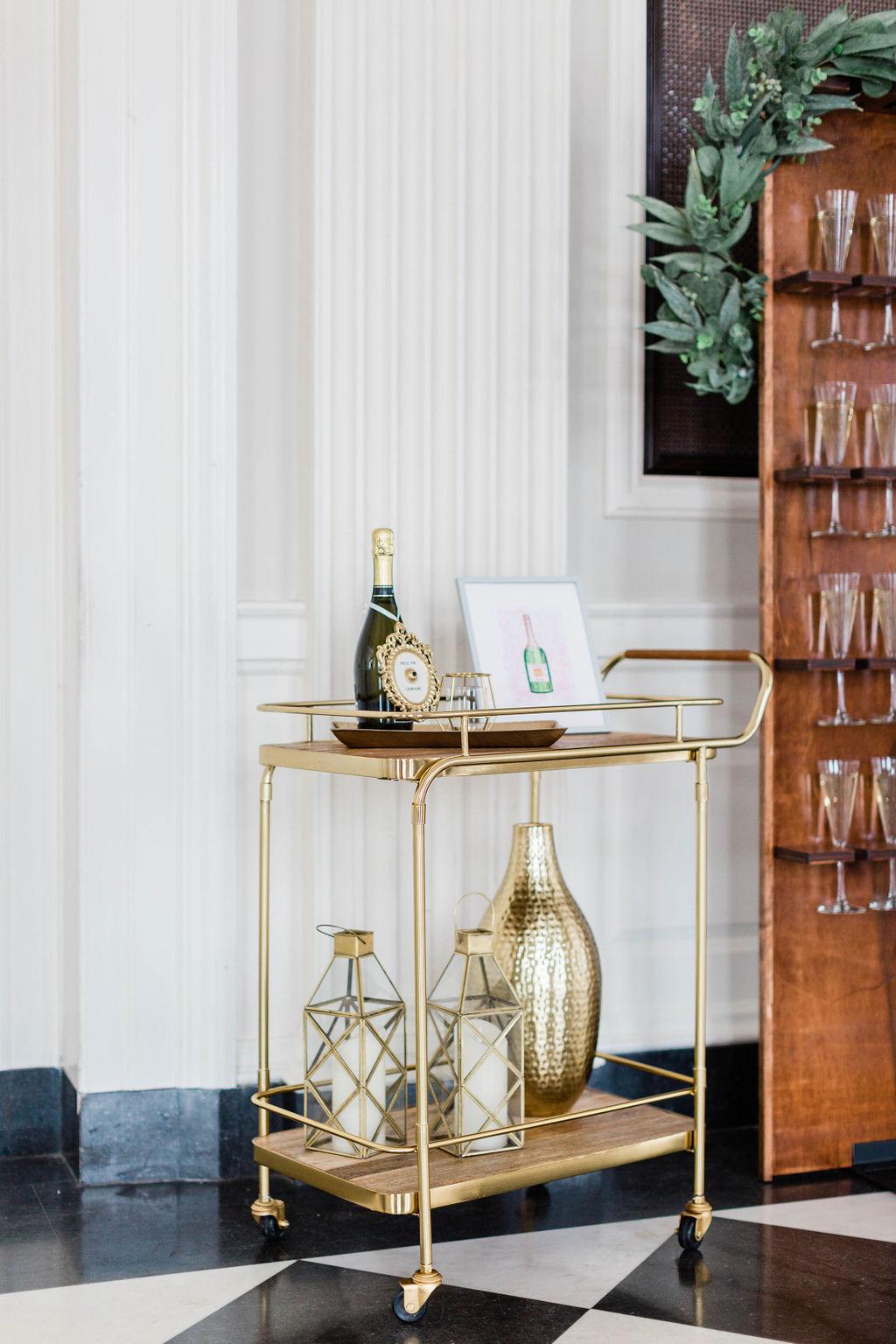 Bar Cart | Wedding Bar Ideas | Gold Wedding | Champagne Wall | Champagne Wall | Wedding Champagne | Chicago History Museum | Black Tie Wedding | Your Day by MK | Chicago Wedding Planner