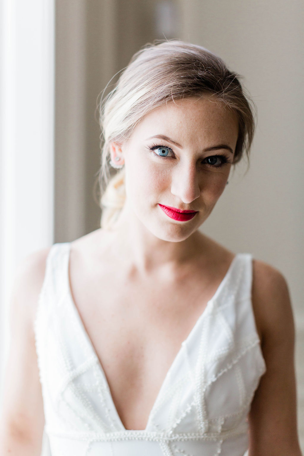 Red Lip Wedding Makeup | Varca Bridal | Chicago History Museum | Black and White Wedding | Black Tie Wedding | Your Day by MK | Chicago Wedding Planner |
