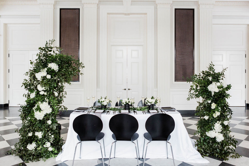 Black and White Wedding| Black Chairs | Chicago History Museum | Black and White Wedding | Black Tie Wedding | Your Day by MK | Chicago Wedding Planner |