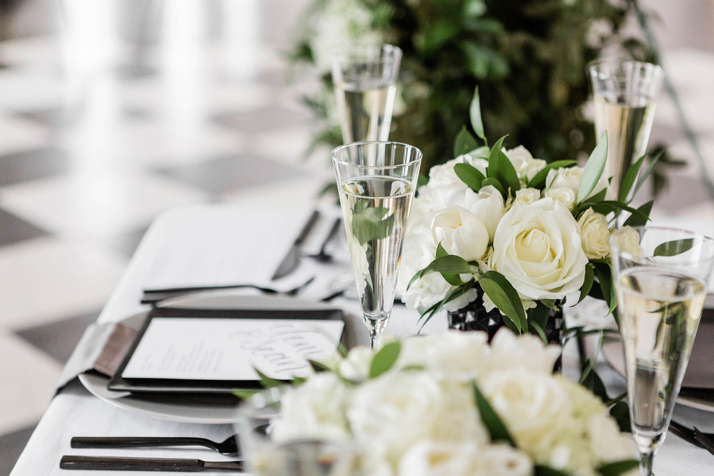 Square Plates | Grey and Black plates | Chicago History Museum | Black and White Wedding | Black Tie Wedding | Your Day by MK | Chicago Wedding Planner |