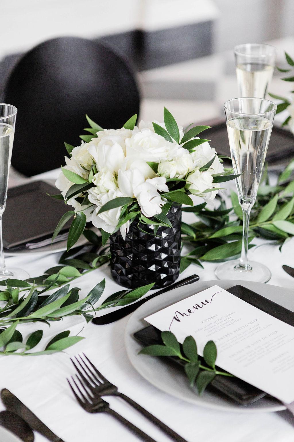White rose centerpiece| Black Vases | Chicago History Museum | Black and White Wedding | Black Tie Wedding | Your Day by MK | Chicago Wedding Planner |