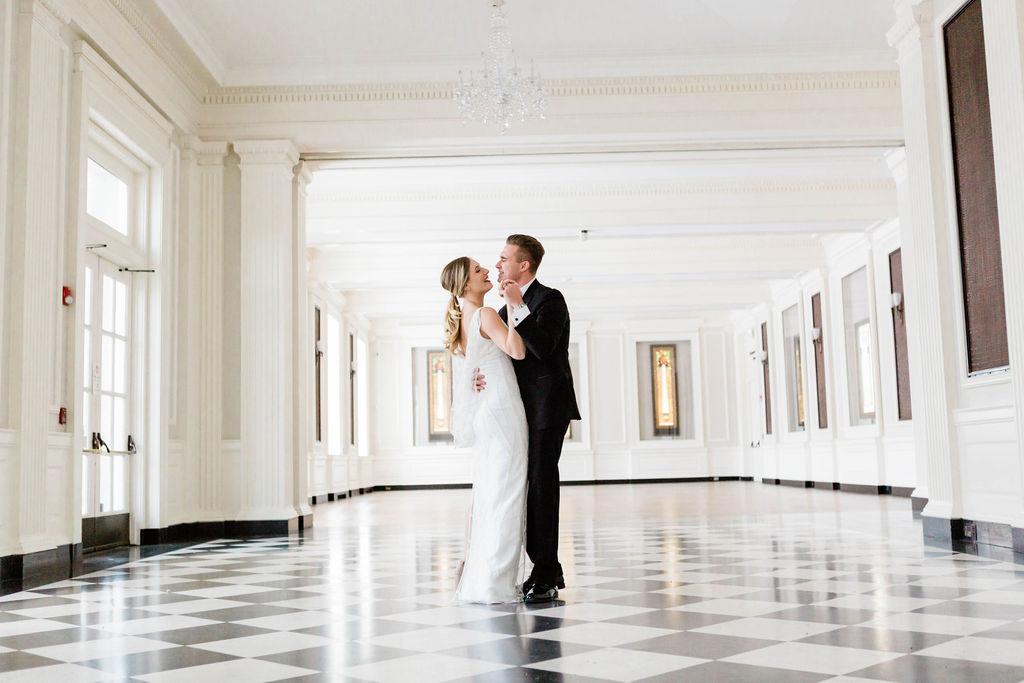 Varca Bridal | Chicago History Museum | Black and White Wedding | Black Tie Wedding | Your Day by MK | Chicago Wedding Planner |