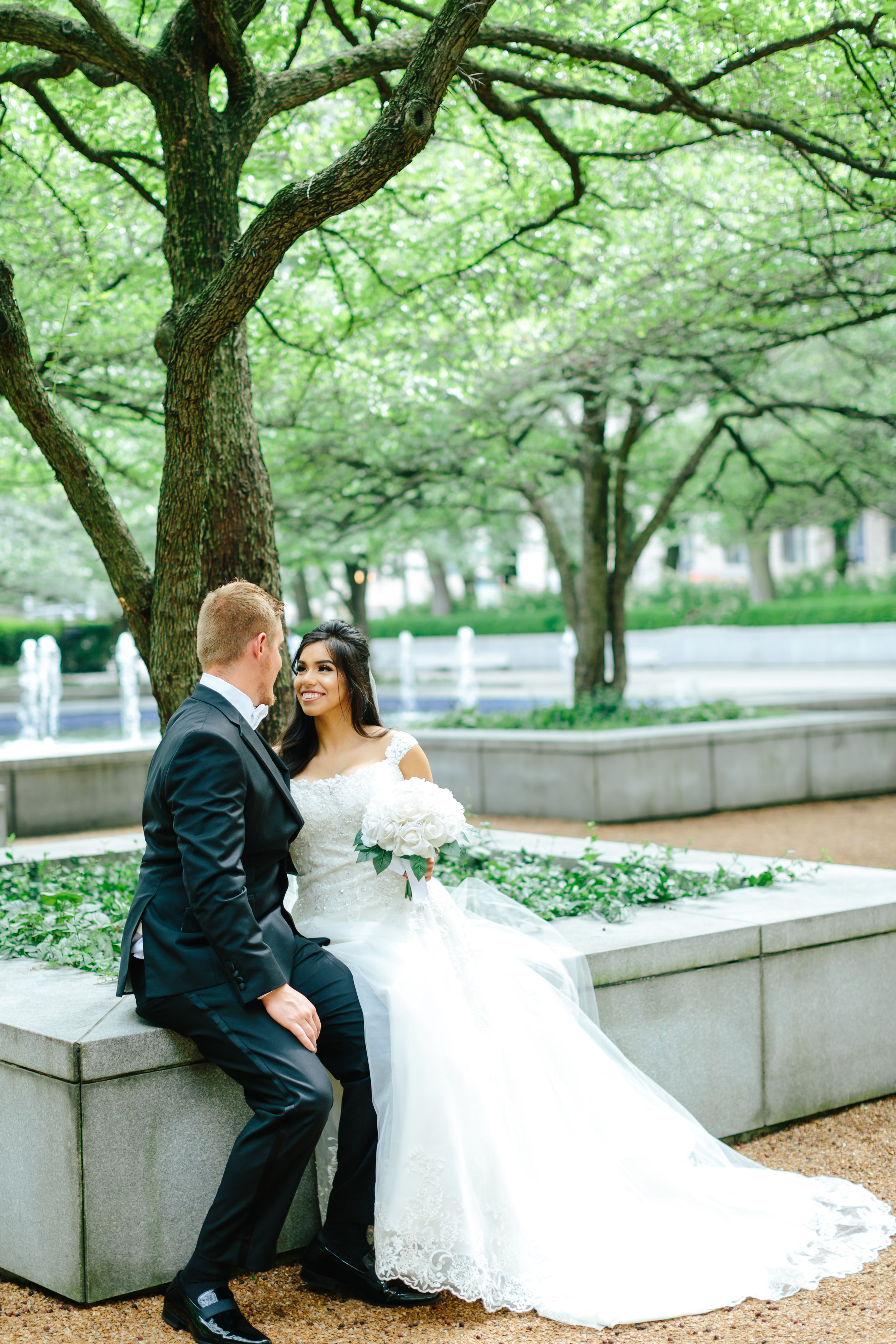 Your Day by MK | Chicago Wedding Planner | Art Institute Wedding | Black and Gold |