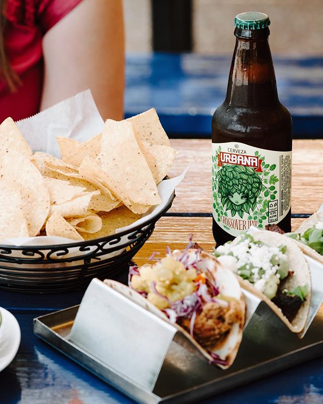We are honored to be one of the beer sponsors for this years Taco & Tequila crawl. Join us this Saturday, April 13th as we make our way through Soulard stuffing our faces with tacos and washing it down with our favorite beer 😉 @barcrawlusa #tacos #beercrawl #cervezaurbana #stlouis