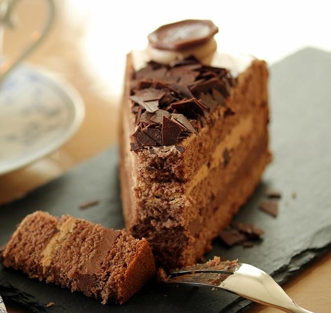 Sjokoladekake med valgfritt fyll