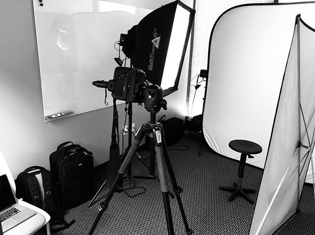 Today's Camera Room - Shooting Headshots On-Location. Small space? No problem!  #ClevelandHeadshotPhotographer https://www.portraitsbymatthew.com/headshots