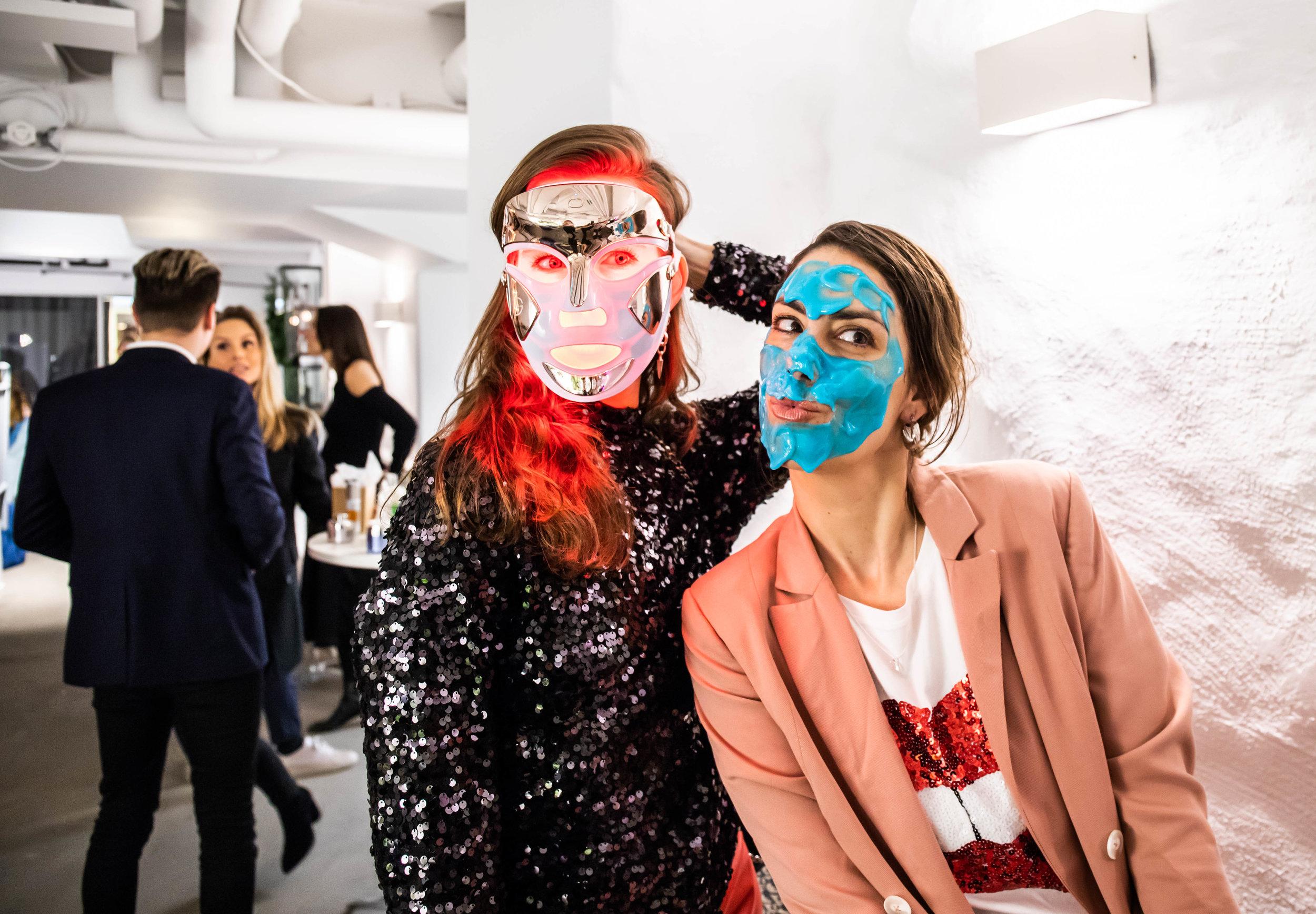 Julia Anjou & Nina Campioni