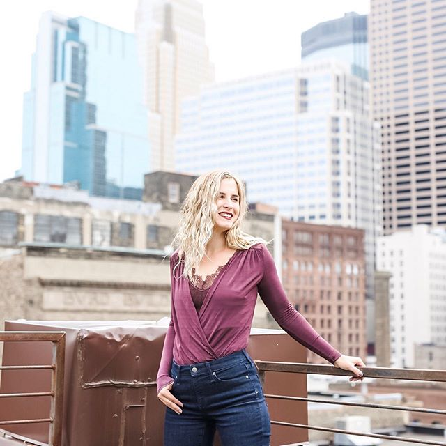 When you're feeling on top of the world 🌍 a crazy few months of life transitions has me ready for an entrepreneurial adventure! Get ready to see more about what I'm up to 💖