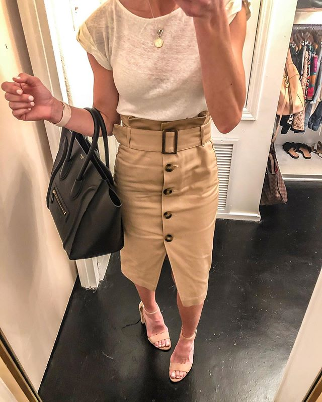 Forgot to post yesterday for #workwearwednesday! Found this cute high waisted, belted skirt a while back at HM for $35. It sold out quickly. It's now available in black and in white!🙌🏻🙌🏻 I love it, even with a white tee!  In my work world, It's been a crazy busy week of listings, closings, negotiations, popping by some clients Renos, AANNNDDD I transferred to a new real estate firm (@localpropertyinc)! But I really love crazy busy, anyone else!? It does 💯 help loving what you do! Shop my daily looks by following me on the LIKEtoKNOW.it app http://liketk.it/2DtrP #liketkit @liketoknow.it #LTKsalealert #LTKunder50 #LTKunder100 #LTKstyletip #LTKworkwear