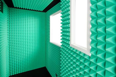 4x5-green-gold-series-vocal-booth-interior.jpg
