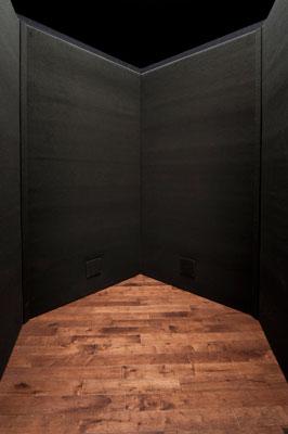 5-carat-esquire-vocal-booth-door-interior.jpg