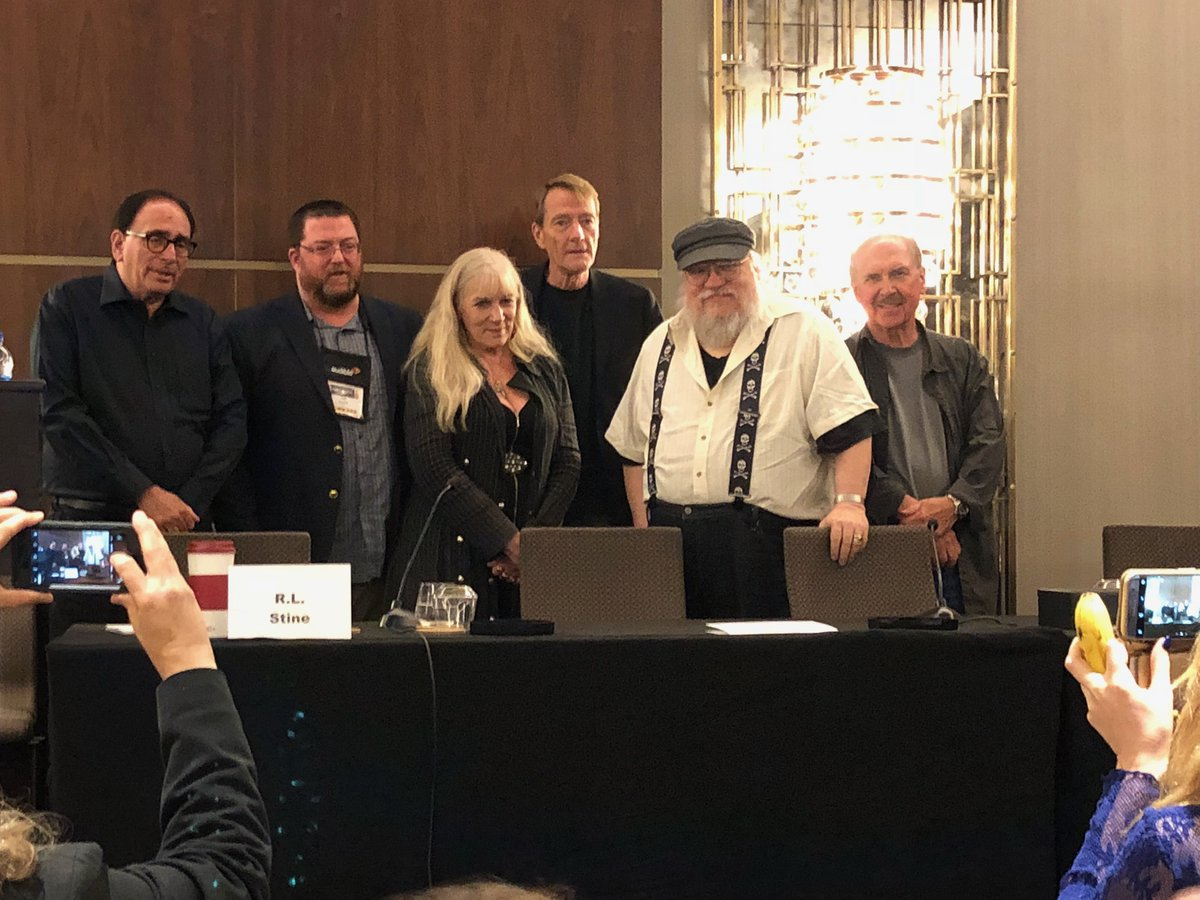 Author panel with:   George RR Marin, RL Stein, Lee Child, David Morrell,Jeff Ayers & Heather Graham.