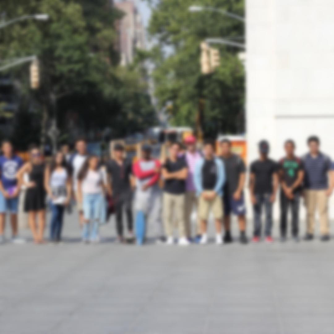 Soy estudiante y quiero aprender sobre la ayuda financiera estatal para Dreamers y estudiantes inmigrantes. -