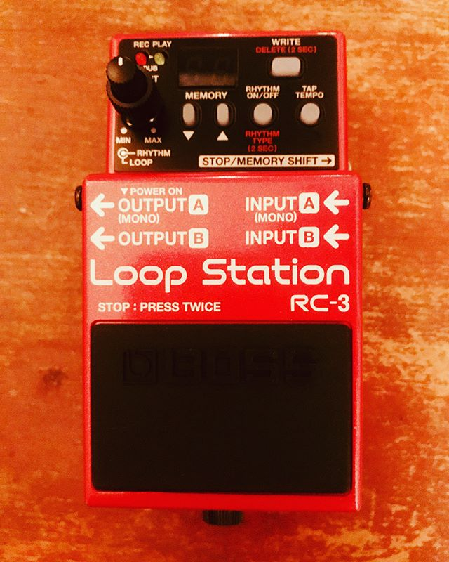 So for my #burfday I gotta newbae.....but now I'm selling #oldbae..who wants the boss RC-2XL??? It still works. I've just moved on🤷🏾‍♀️. 😂😂😂😂 #bosspedals