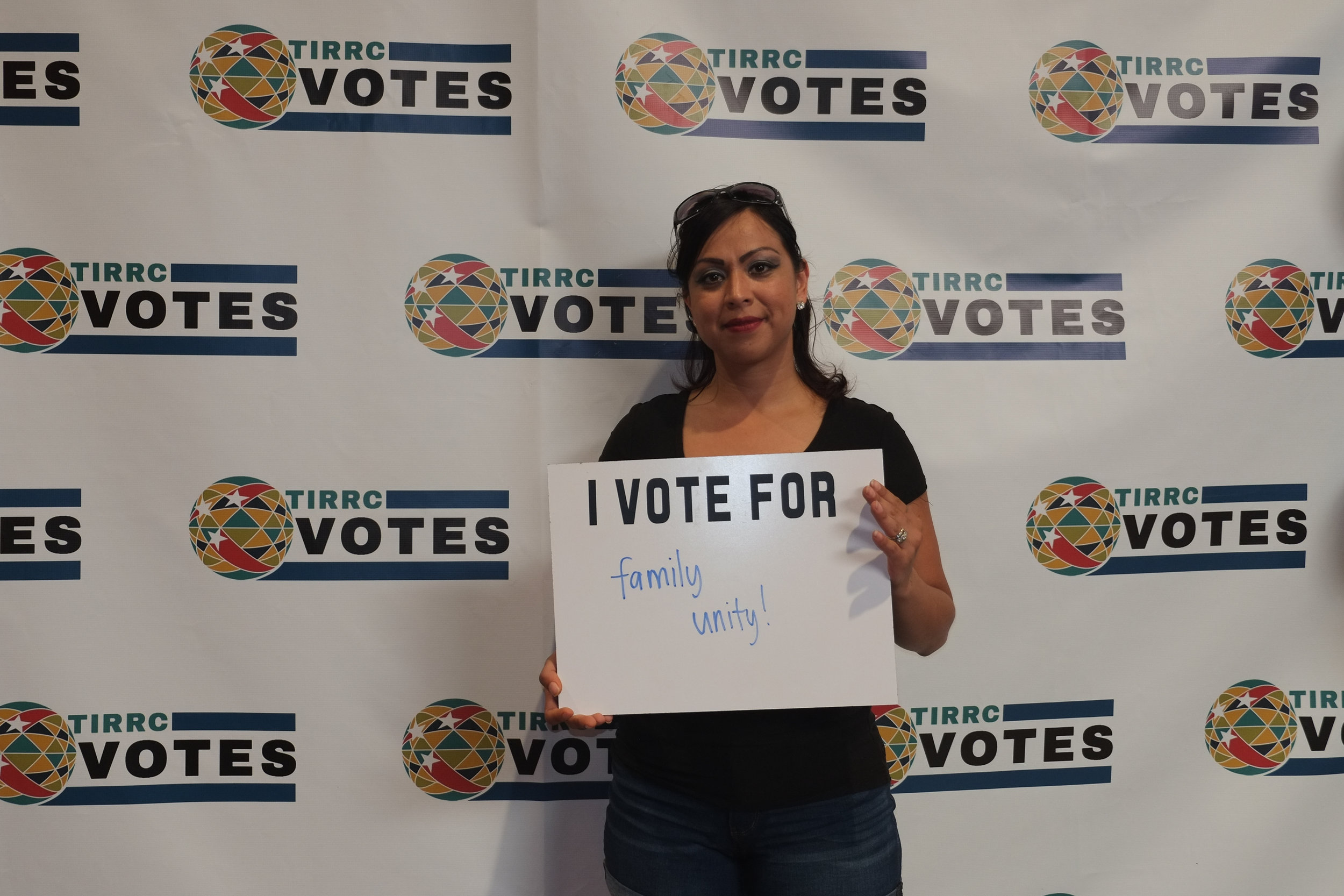 TIRRCVotes-PhotoBooth-2.jpg