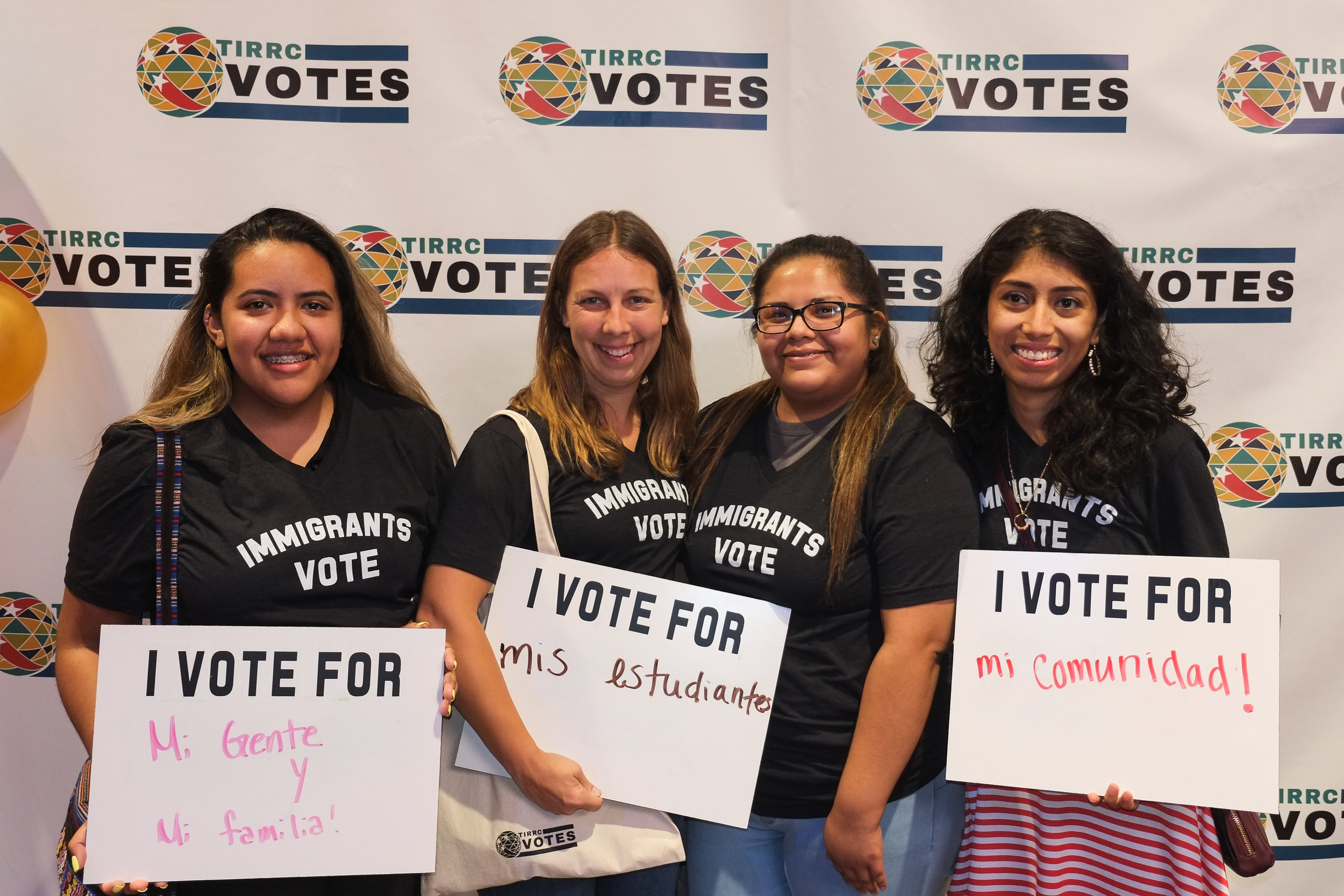 TIRRCVotes-PhotoBooth-29.jpg