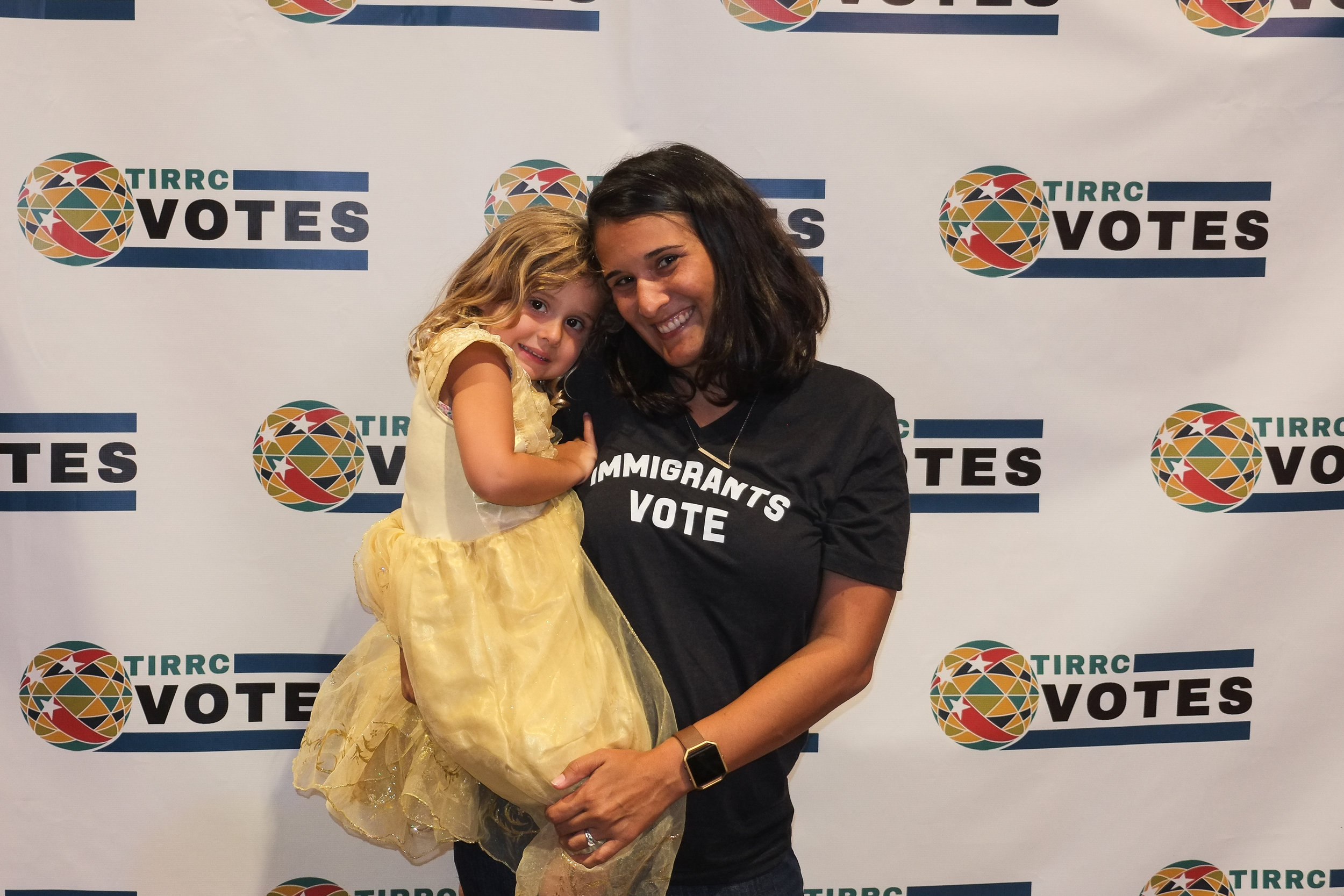 TIRRCVotes-PhotoBooth-31.jpg