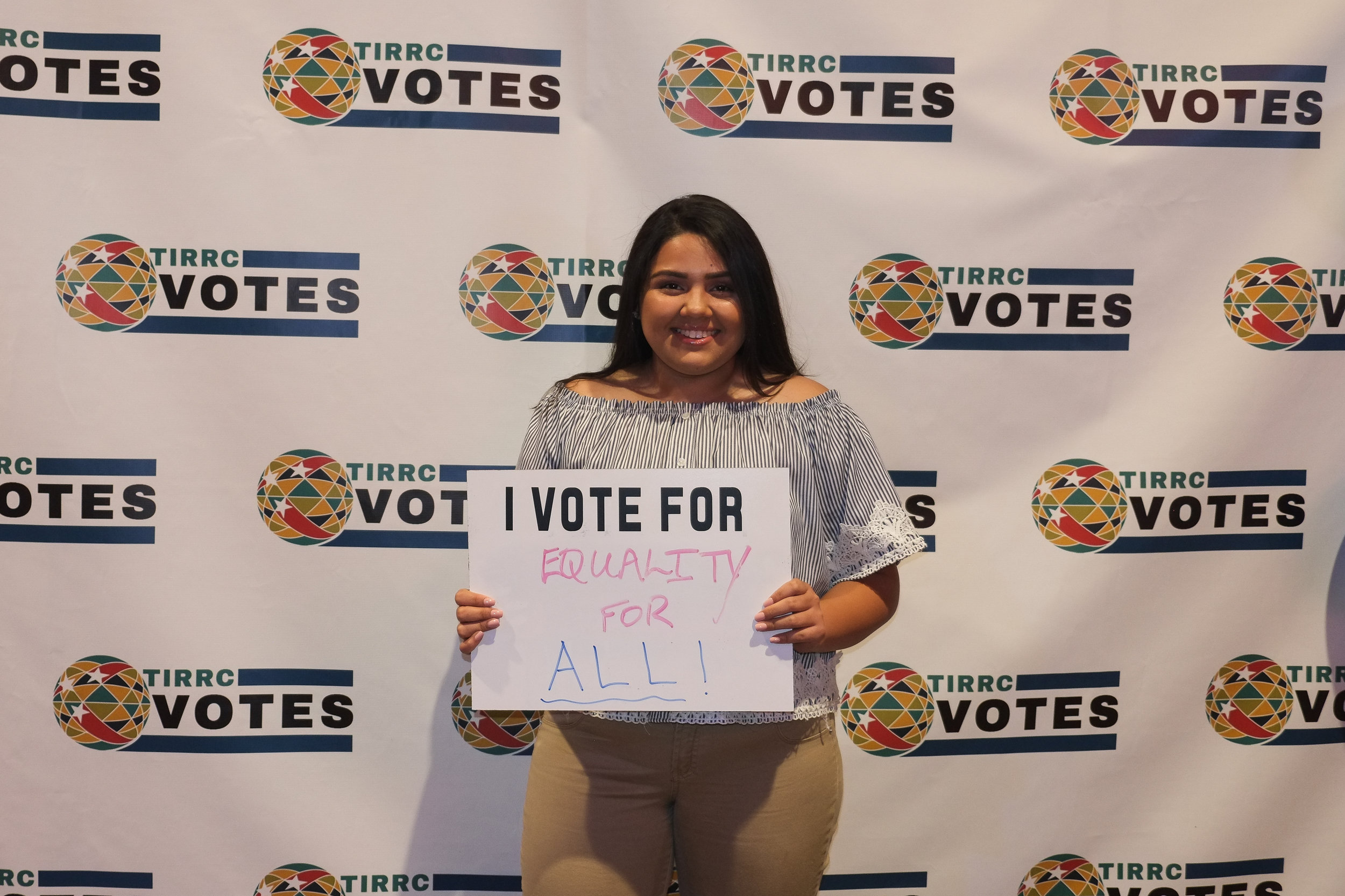 TIRRCVotes-PhotoBooth-40.jpg