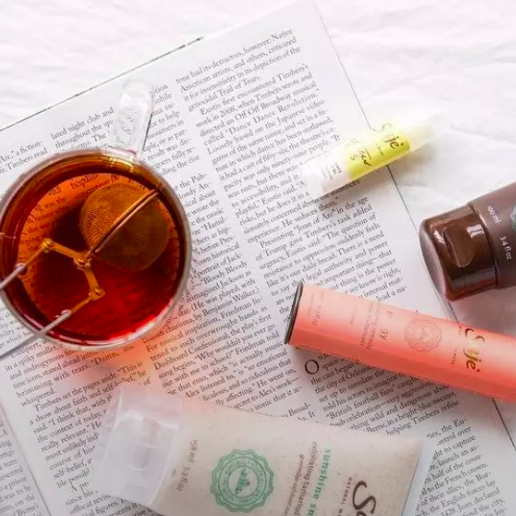 9 Things Our Health Editor Always Has In Her Medicine Cabinet