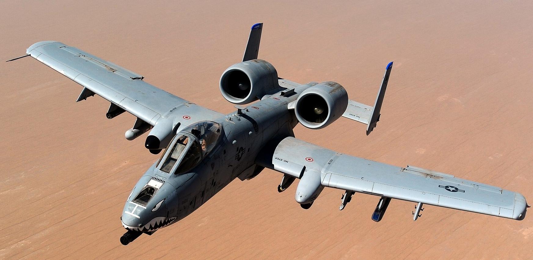 1920px-USAF_A-10_Thunderbolt_II_after_taking_on_fuel_over_Afghanistan.jpg