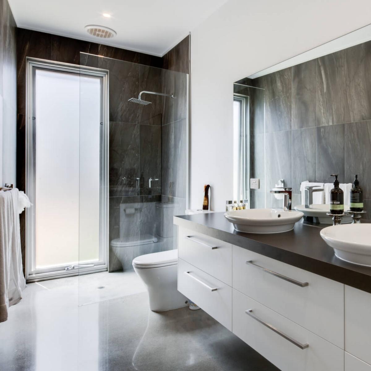 susan-bathroom.jpg