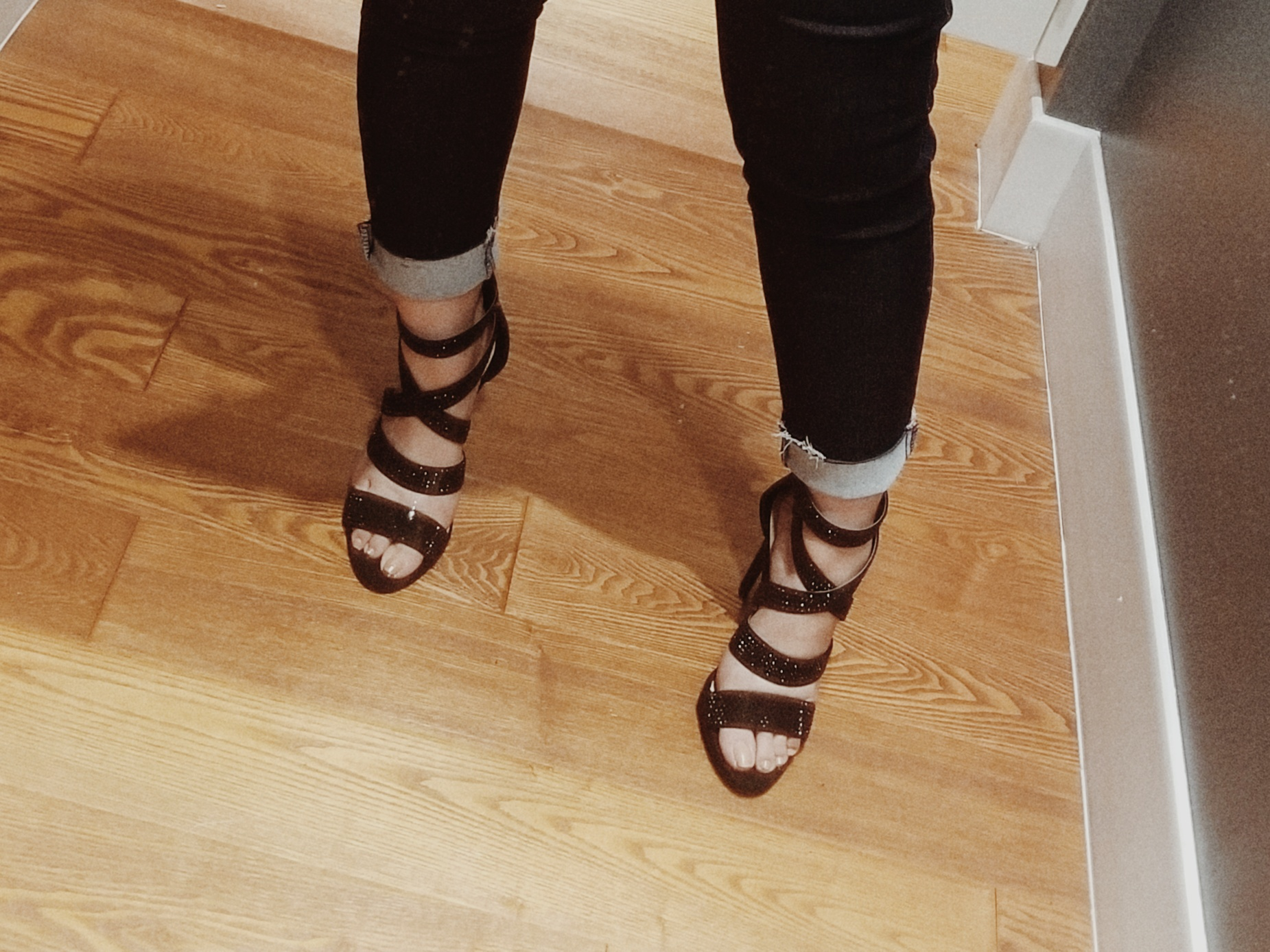 SHOE OBSESSION - CHARLOTTE RUSSE STRAPPY SANDALS