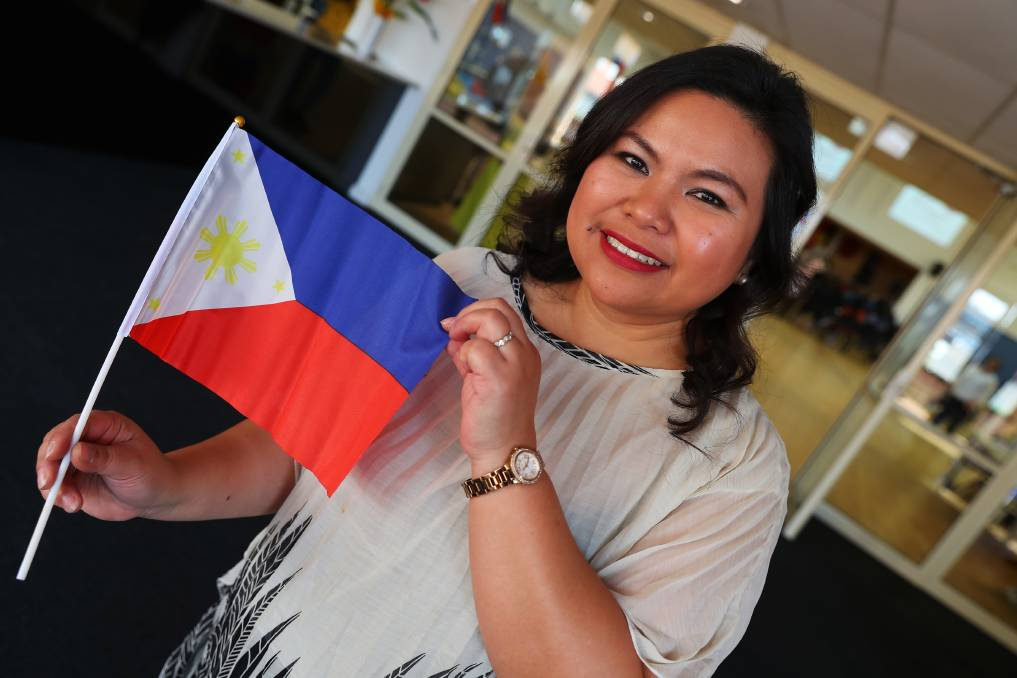 NATIONAL PRIDE: Annabelle Borja is proud to be a woman of the Philippines and celebrate their Independence Day. Picture: Emma Hillier    The Filipino community of Wagga came together as one on Saturday to celebrate the country's 121st year of independence.    The hall of Henschke Primary School was filled with those celebrating the Philippine Independence Day along with like likes of Deputy Prime Minister Michael McCormack, Wagga's State MP Joe McGirr and Mayor Greg Conkey who all enjoyed lunch and performances by young Filipino talent. Annebelle Borja was one Filipino lady of Wagga celebrating her history.