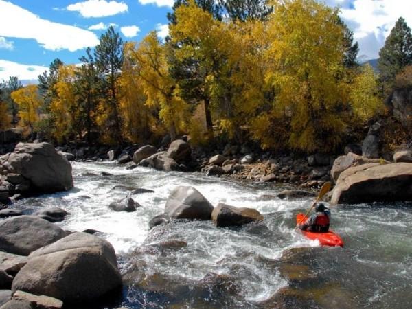 Kayaking2-e1390691601411.jpg