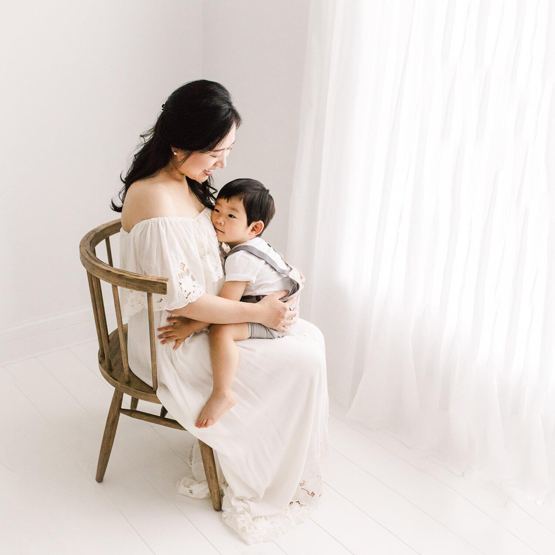 best DFW maternity photographers