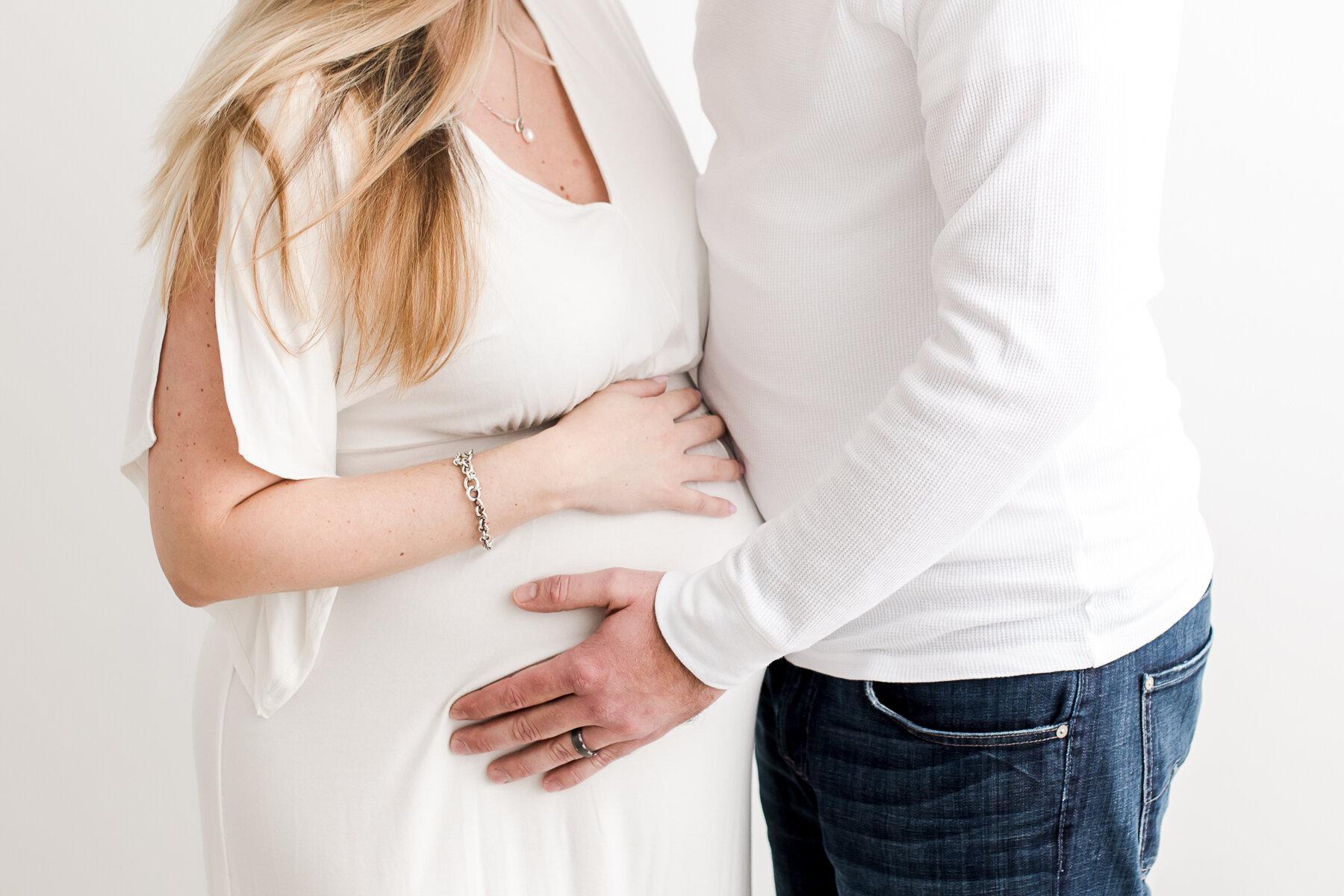 Addison Allen Arlington maternity pregnancy photographers