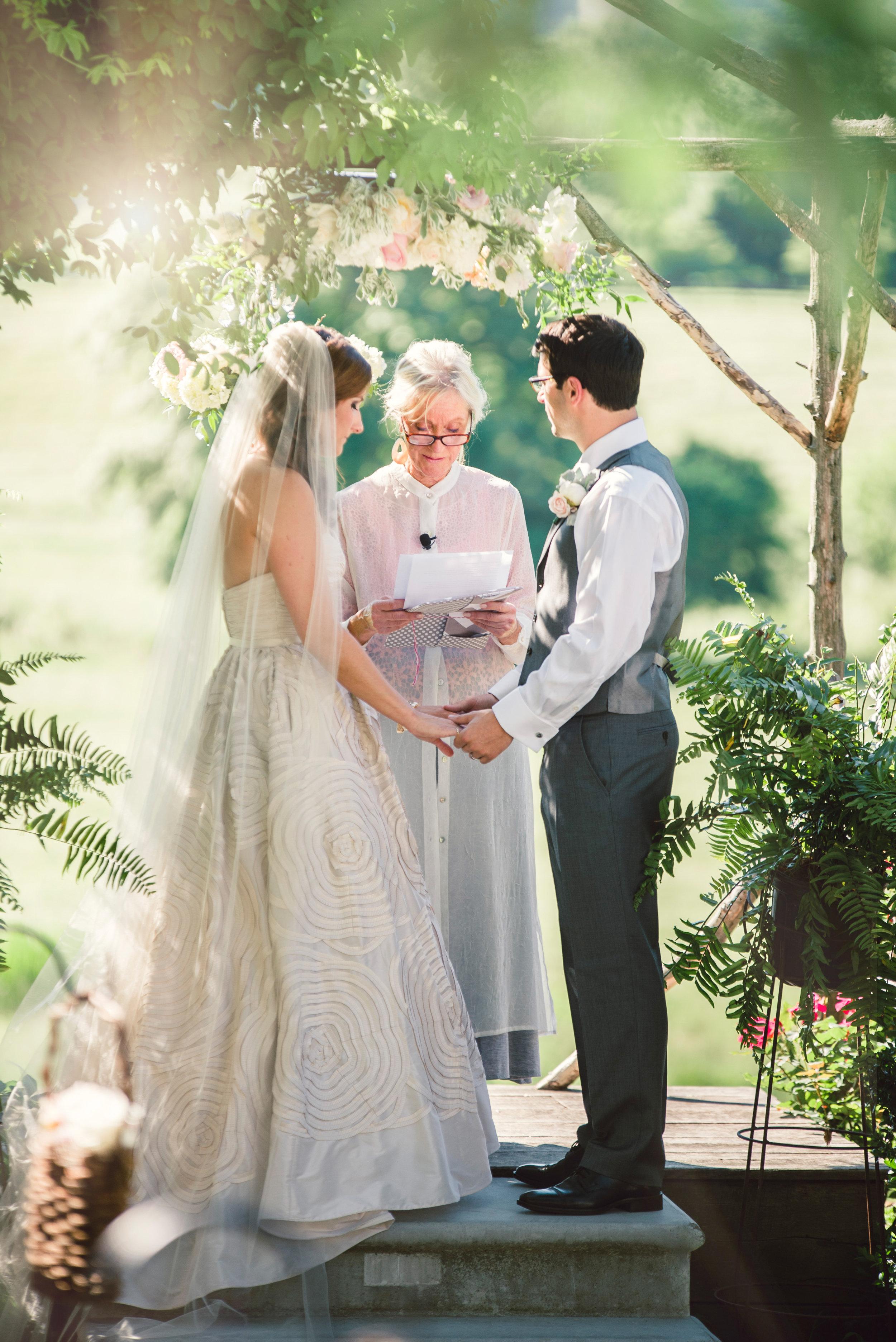 Silverbrook-Farm-Weddings-Virginia-28.jpg