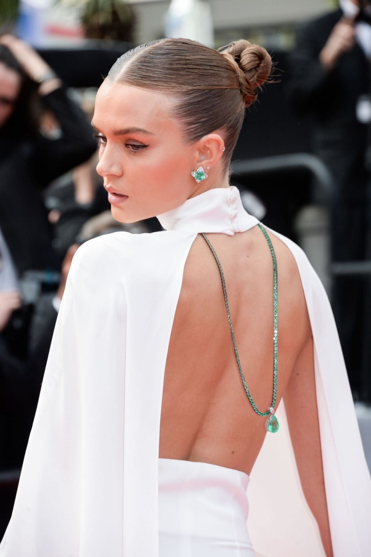 josephine-skriver-at-oh-mercy-screening-72nd-annual-cannes-film-festival-13.jpg